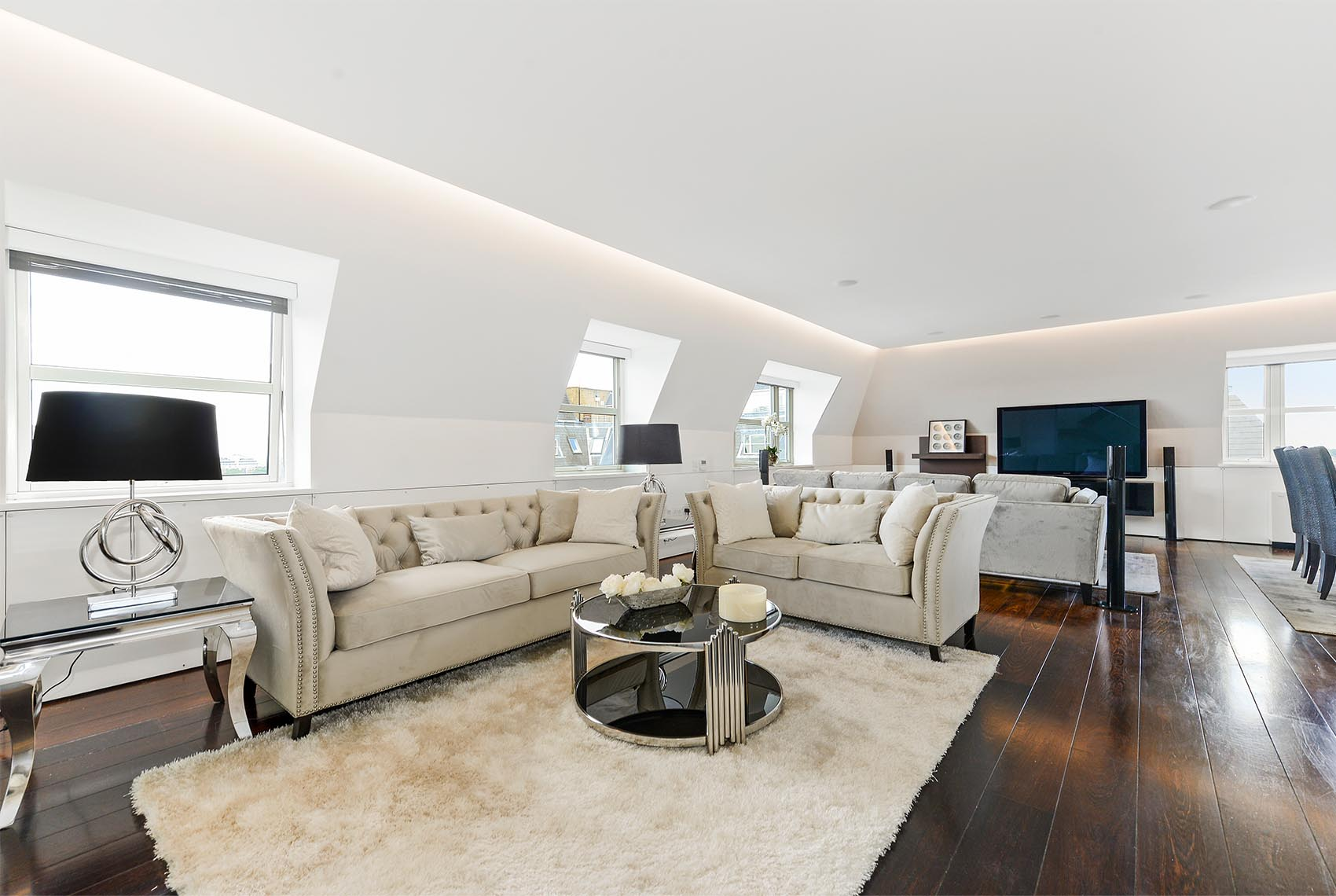 Boydell Court Penthouse 1102 Sd Investment
